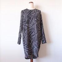 Y.A.S Designer Size 8 Black White Geometric Stripe Long Sleeve Dress Career Work