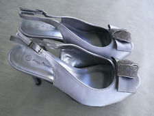 Anne Michelle Silver Satin Sling Back Vintage Party Shoes - size 5
