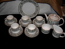 Royal Worcester Padua Teapot, Creamer & Sugar, Cakeplate & 5 Can Cup Trio Sets