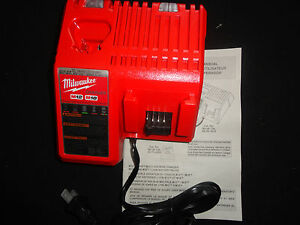 (1) MILWAUKEE 48-59-1812 18V 18 VOLT M18 LITHIUM ION CHARGER NEW