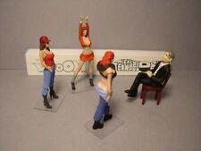 4  FIGURINES  1/43  SET 389  LE  CASTING  VROOM  UNPAINTED  O SCALE