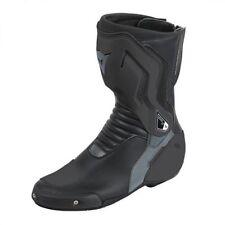 Productos de vestimenta Dainese color principal negro para motoristas