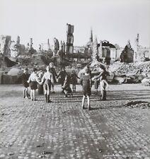 Werner Bischof Photo Print 21x30 Children Play Ringelreihe Freiburg Germany 1945