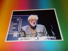 Michael Ondaatje Schriftsteller signed signiert Autogramm auf 20x28 Foto in pers