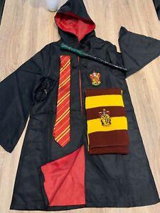 déguisement complet Harry Potter avec accessoire neuf taille 145 (11-12 ans)