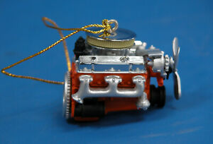 NEW GM CHEVY'S 350 SMALL BLOCK ENGINE ORNAMENT PEWTER AND RESIN  1/18 SCALE