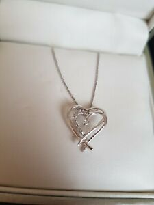 9ct gold h samuel heart necklace - very pretty