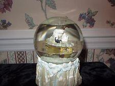 San Francisco Music Box Co. Polar Bear Fishing Globe W 2 Liquid Layers; 1992