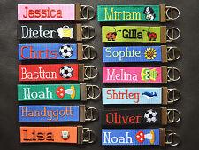 Schlüsselanhänger Schlüsselband mit Wunschnamen bestickt Anhänger Fußball Katze
