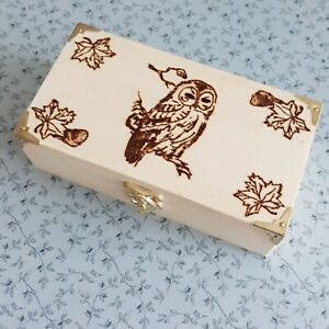 Owl Design Personalised Wooden Trinket Box with Gold Detail. Pyrography Design