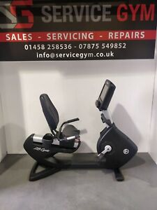 Life Fitness 95R Elevation Series Recumbent Bike with Discover SE3HD Console