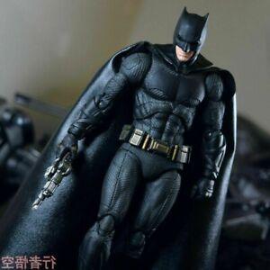 Comics Justice League Batman PVC Action Figure  in Box Mafex 056 DC Toy Model