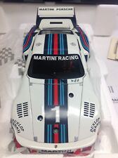 Exoto Martini Porsche 1976 935 Turbo #1 Dijon World Champion 1:18 NEU Ickx 18104