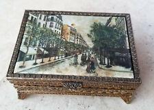 Vintage Montmartre Music-Triket Box Paris Romantic Scene Raindrops Keep Falling