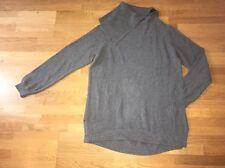 Sehr schöner Pullover grau toller Kragen von Esprit Größe L, gut erhalten!