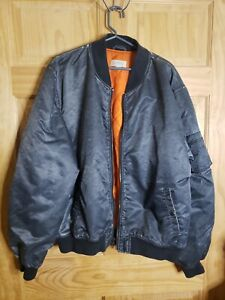 Barneys New York Mens Bomber Jacket Nylon XL #13 Black/Gray Lined