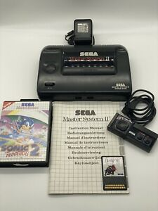 Sega Master System II Spielekonsole - Schwarz + Controller + Spiele (Sonic) PAL