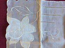 Vintage Handkerchief Made In Hong Kong All Cotton Rn 16153 Beautiful