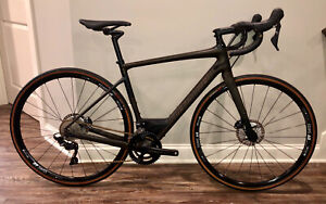 2019 Specialized Diverge Comp, Ultegra 56cm.  Carbon Gravel Adventure Bike