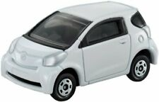 Tomica No.028 Toyota iQ (blister) Miniature Car Takara Tomy