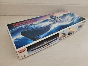 Kriegsmarine Type IX-B U-Boat Academy Minicraft 1/150 motorized model kit