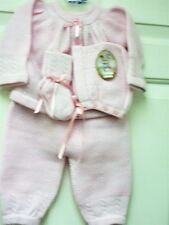 NWT Girl's Knit Take Me Home Set with sweater top, pants, hat, & Booties size 0