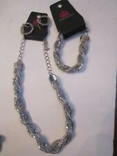 PAPARAZZI SPARKLING SILVER TONE NECKLACE, BRACELET AND EARRINGS SET - TUB BBA-11