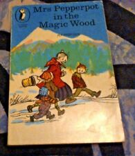 Mrs Pepperpot In The Magic Wood paperback - Alf Proysen