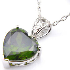 Love Heart Natural Olive Peridot Gemstone Silver Necklace Pendants For Mom