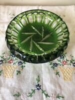 Vintage Emerald Green Glass Round Tobacco Ashtray Mid-Century Cigar Cigarette