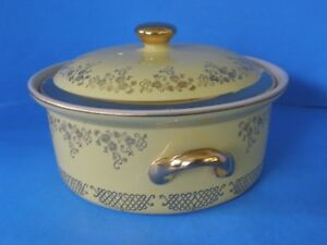 VINTAGE HALL'S KITCHENWARE YELLOW GOLD SERVING CASSEROLE WITH LID FLORAL DESIGN