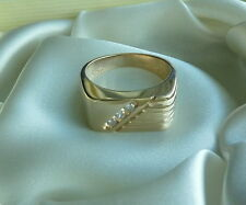 MENS 14K YELLOW GOLD 3 STONE DIAMOND RING