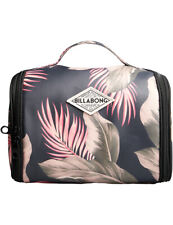 Billabong The Palms Beauty Case Wash Bag in Sage