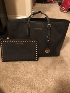 Michael Kors Black Large Jet Set Tote  Handbag & Wristlet