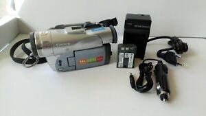 Canon MVX 200 Digital Video Camcorder