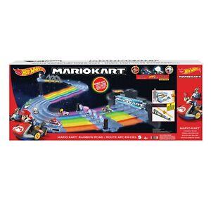 MATTEL®  GXX41 Hot Wheels Mario Kart Regenbogen-Boulevard, NEU & OVP