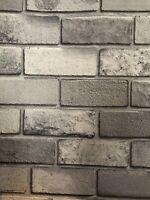 669401 Diamant Brique Papier Peint en Gris Argenté Par Arthouse-Paillettes de particules