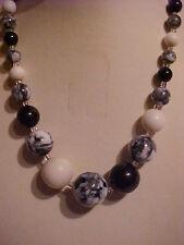 "Vintage Marble Necklace Black & White Graduated White Milk Glass Necklace 15"""