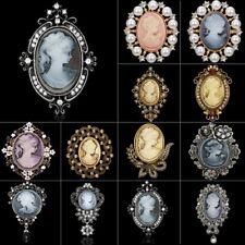 Retro Cameo Queen Brooch Pin Old Gold Rhinestone Crystal Elegant Women Jewelry