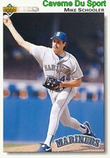 405 MIKE SCHOOLER SEATTLE MARINERS  BASEBALL CARD UPPER DECK 1992