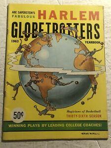 1963 HARLEM GLOBETROTTERS Yearbook MEADOWLARK LEMON Tex HARRISON Bob HALL Ausbie