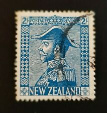 GEORGE V NEW ZEALAND 1926/1927 2 SHILLING BLUE FRANKED STAMP