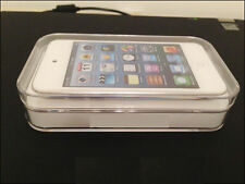 White Apple iPod touch 4th Generation (16 GB) & Warranty + Shop Gifts