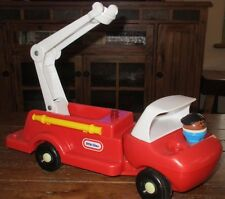 Little Tikes Red Fire Truck w/ 1 Person