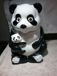 VINTAGE PANDA BEAR MOM & BABY CUB CERAMIC COOKIE JAR VERY GOOD CONDITION