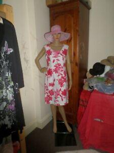 TINA TAYLOR GORGEOUS LADIES DRESS NEW SIZE 10