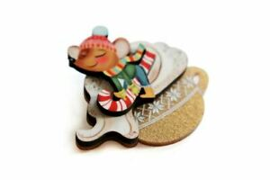 Little Mouse on Cappuccino Cream Brooch by Laliblue