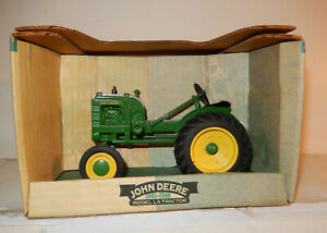 Spec Cast John Deere Model LA Tractor 1940s Mint Brand New, Never Out Of the Box