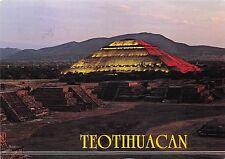 BG13796 teotihuacan mexico plaza de la luna y piramde del sol