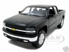 CHEVROLET SILVERADO 1500 BLACK 1:27 DIECAST MODEL CAR BY MAISTO 31941